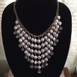 Jewelry - Waterfall Pearl Cascading Necklace.